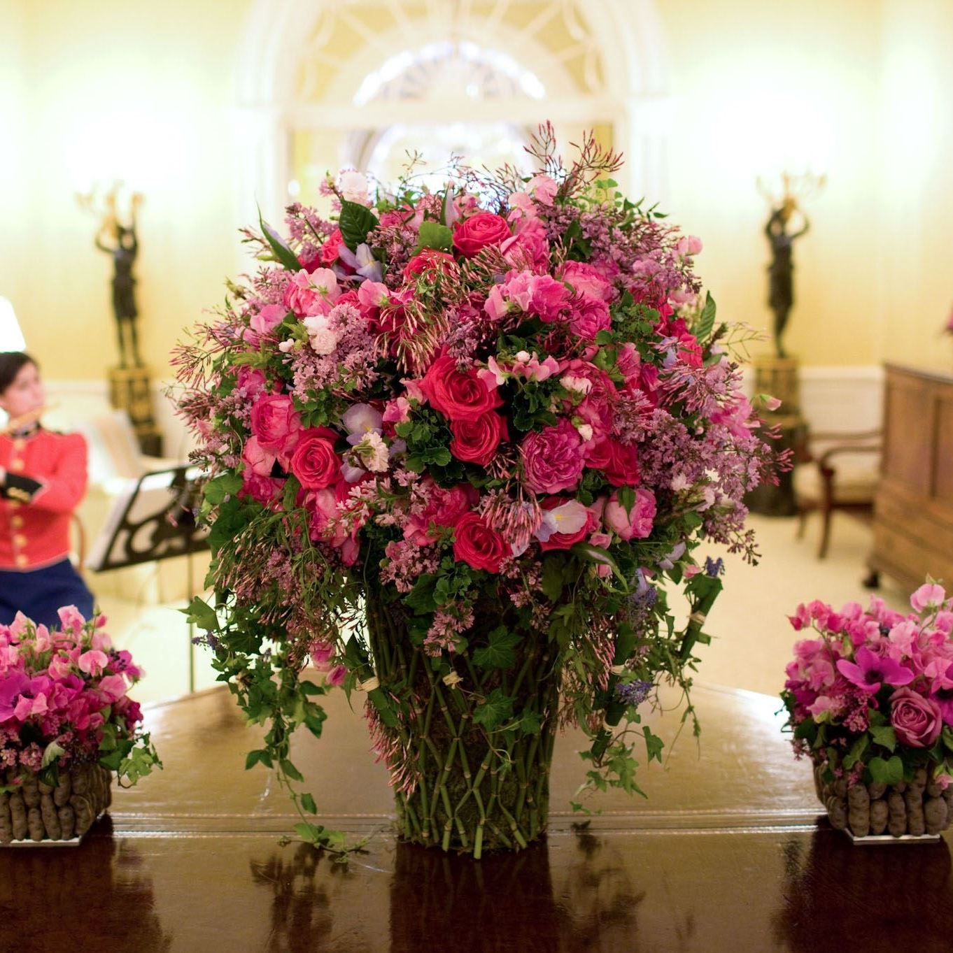 Laura Dowling Former White House Florist Turned Author Visits With